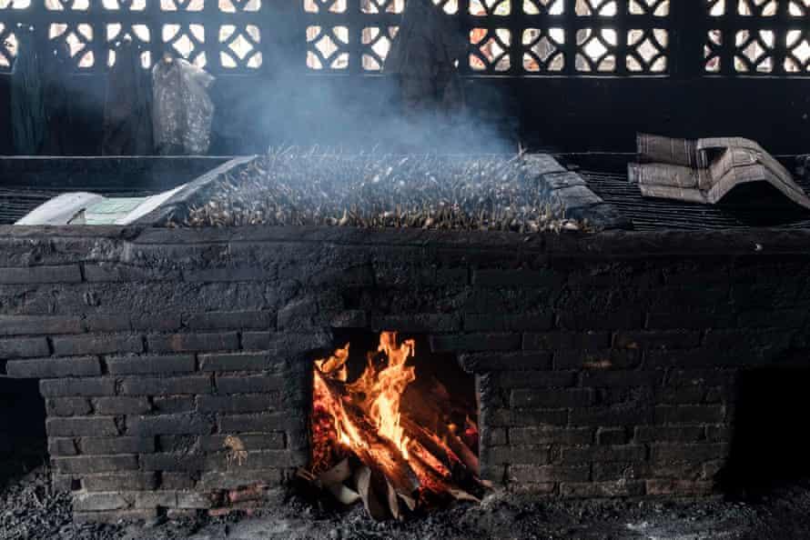 Smoking fish in Gunjur village