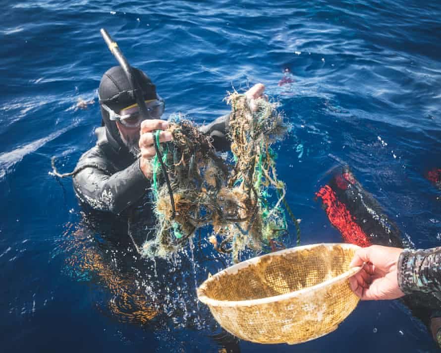 Ben Lecomte is swimming through the gyre known as the Pacific trash vortex.