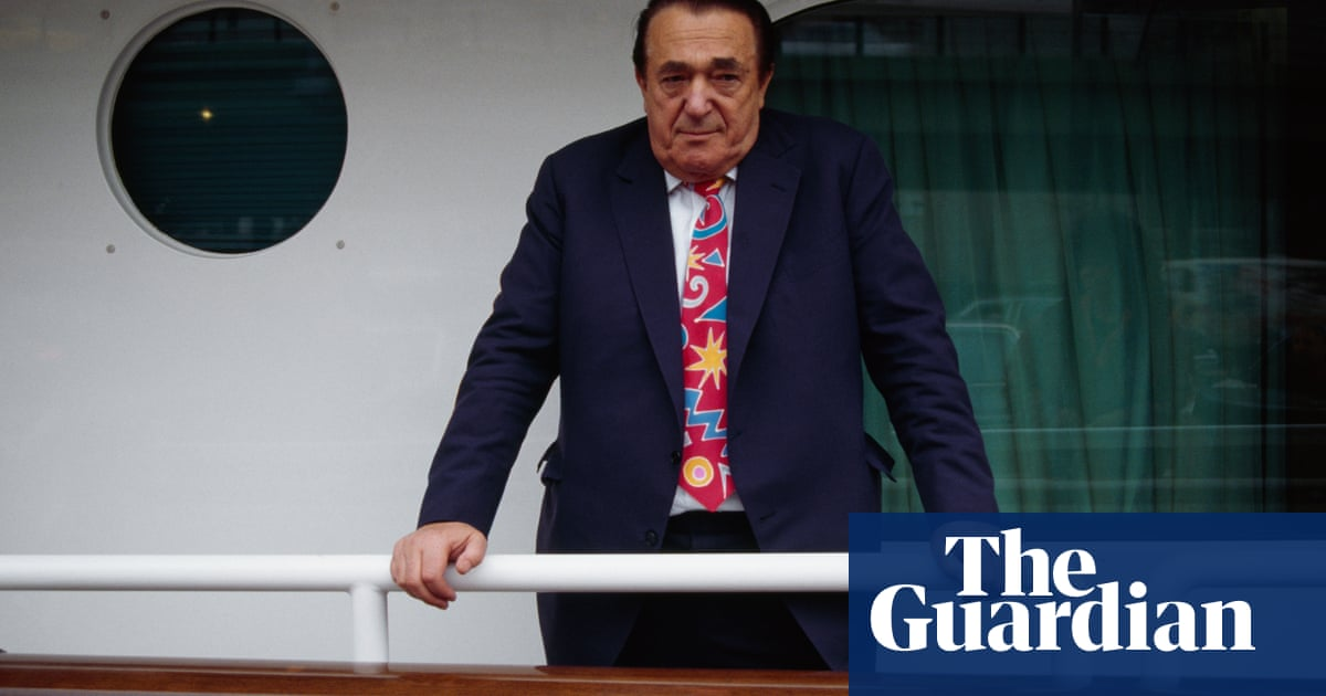 The man was obviously a crook: the decline and fall of Robert Maxwell