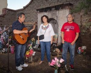Arizona city fights to spread compassion for migrants amid border crisis
