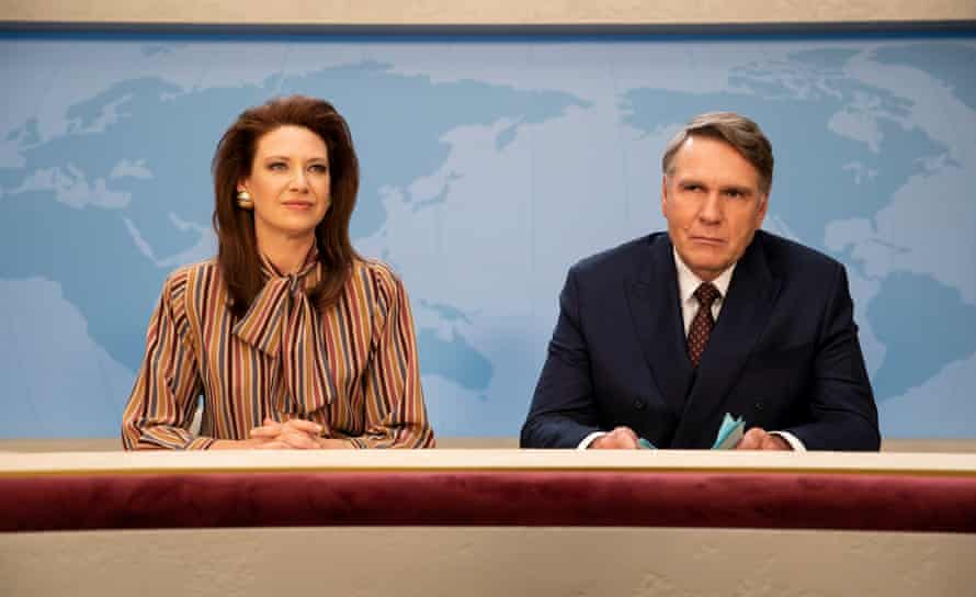 Anna Torv and Robert Taylor in the Newsreader
