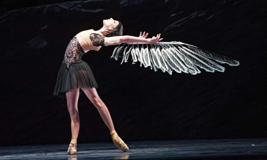 Tarred And Feathered The Blackest Visions Of Swan Lake Swan Lake The Guardian