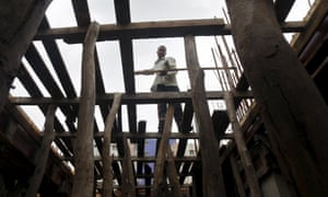 Construction work in Kolkata, India. Building a strong policy framework will be vital in development partnerships.