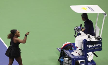 Serena Williams argues with umpire Carlos Ramos at the 2018 US Open