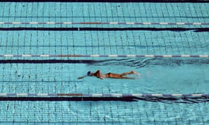 A swimmer training
