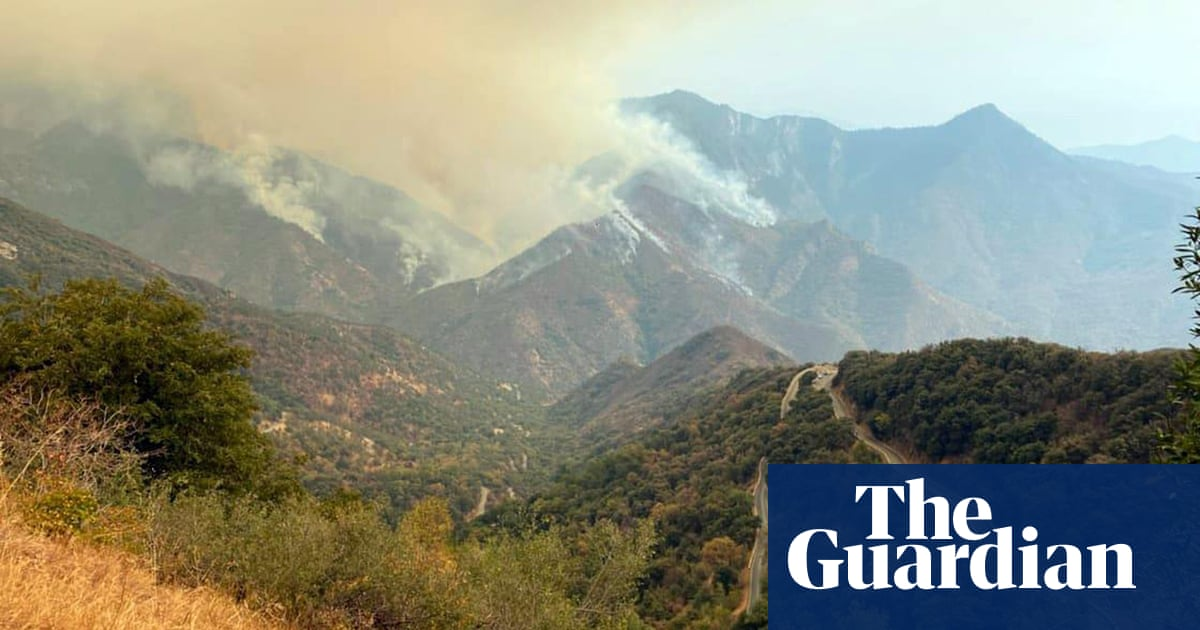 California wildfires close Sequoia national park and prompt evacuations