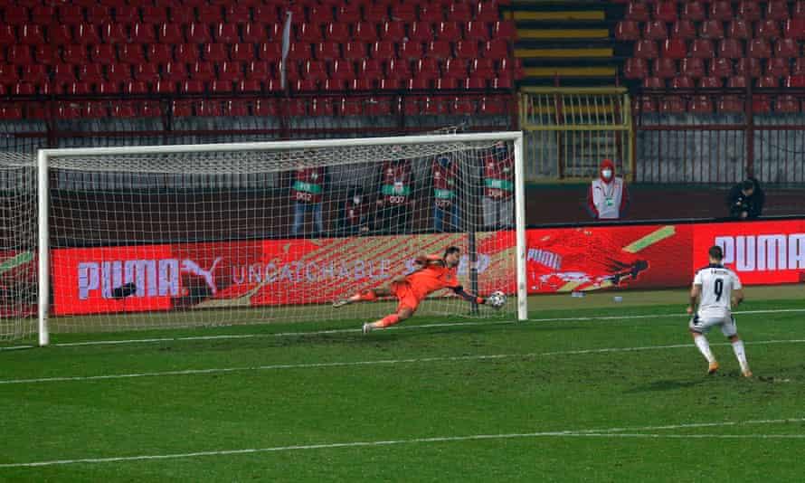 David Marshall makes a crucial save to deny Aleksandar Mitrovic from the penalty spot.
