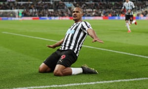 Salomón Rondón is wanted by West Ham after Newcastle decided against signing the player they had on loan last season.