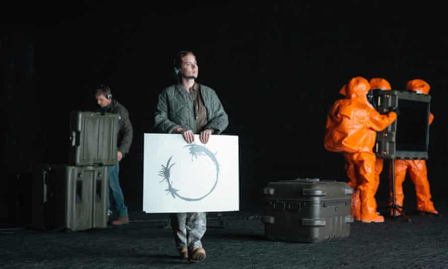 Amy Adams in Arrival, the 2015 film based on a short story by Ted Chiang.