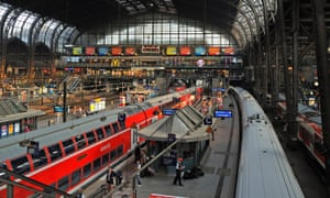 Concourse, Hamburg Hauptbahnhof, Germany