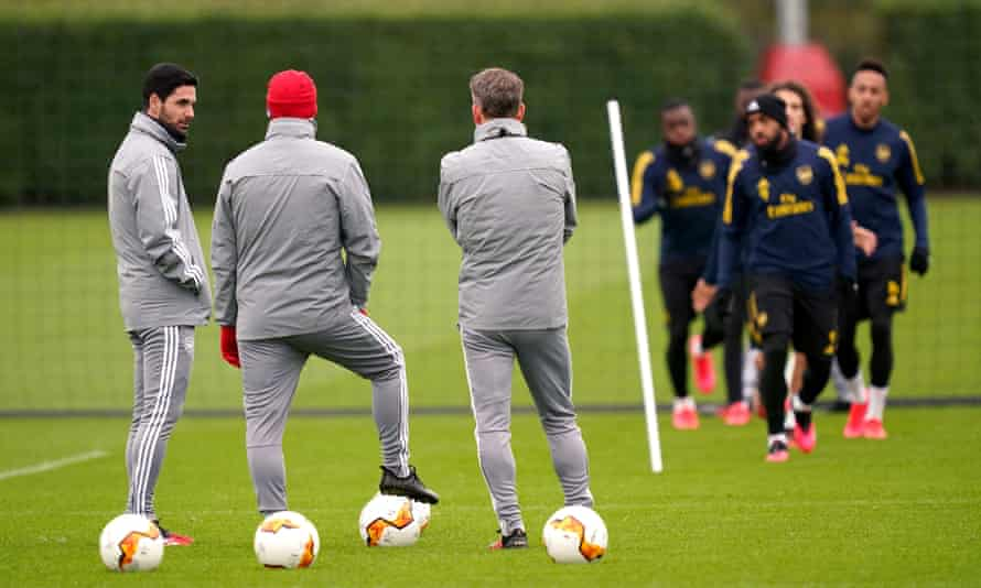 Arsenal's head coach Mikel Arteta has urged his players to accept pay cuts during the coronavirus pandemic.
