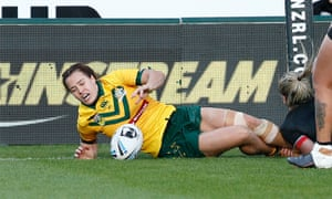 Isabelle Kelly of Australia scores the winning try against the Kiwi Ferns at Mt Smart stadium in Auckland.