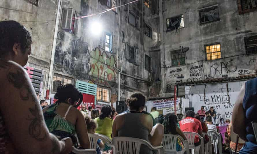Residents of the Mauá occupation oin a former hotel in São Paulo gather to discuss their possible eviction