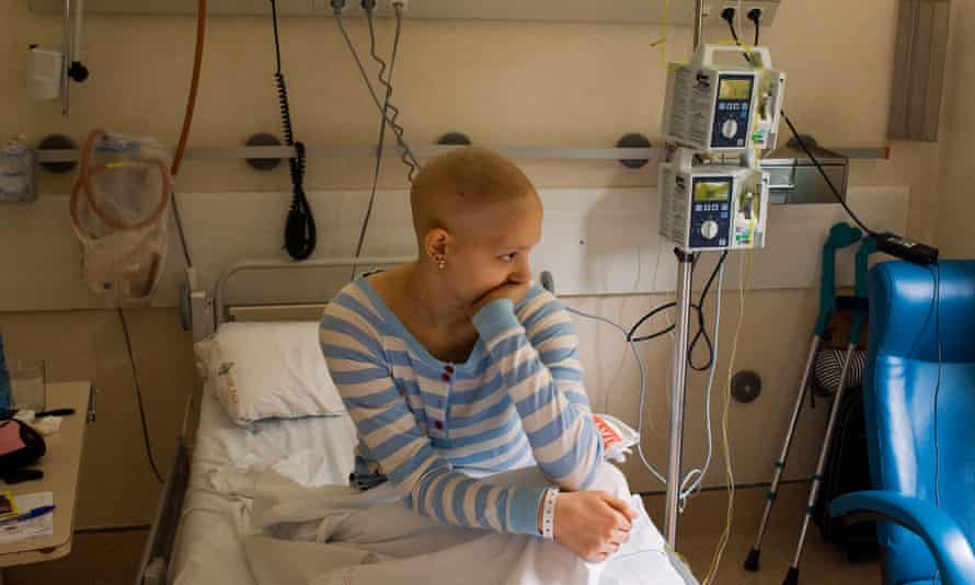 A girl getting chemotherapy for bone cancer in her leg.C2AGAC A girl getting chemotherapy for bone cancer in her leg.