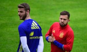 Jordi Alba, right, during Spain training with David de Gea.