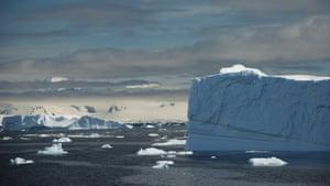 Iceberg in the Errera Channel