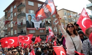 Supporters of the opposition Republican People's party at a rally after local elections in Istanbul