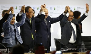 François Hollande and Ban Ki-moon at Paris climate accord in 2015