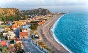 Milazzo's Lido Ponente (west beach).