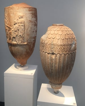 A view of some of the vases on Cahn's stand.