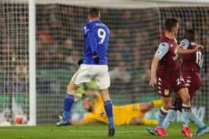 Vardy gets his second goal.