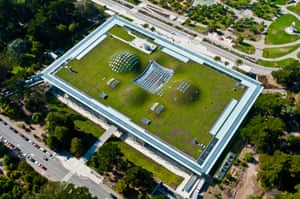 The California Academy of Sciences in San Francisco, which has been designed by Renzo Piano, has a 2.5 acre living roof.