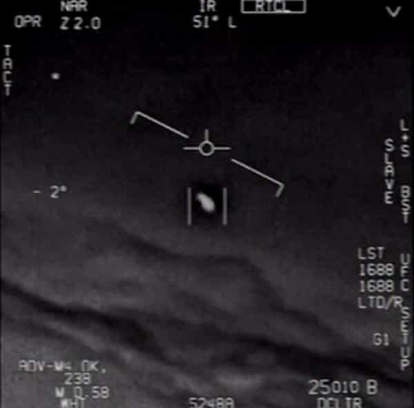 A video grab obtained 28 April 2020 courtesy of the US defense department shows part of an unclassified video taken by navy pilots.