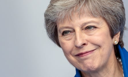 Theresa May's long-awaited Brexit white paper has been heaped with scorn by Tory Brexiters.