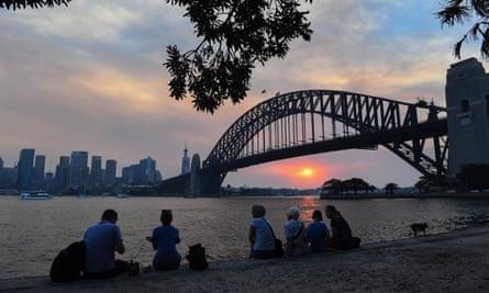 Sunset over Sydney as bushfire smoke turns the sky red, 4 January 2020