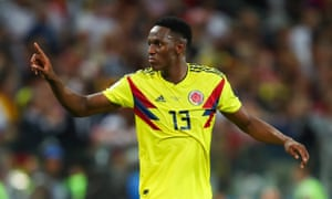Yerry Mina in action for Colombia at the World Cup.