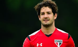 Alexandre Pato's loan move to Chelsea is inching ever closer, according to his agent at least.