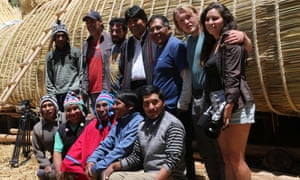 Bolivian president Evo Morales poses for a picture with builders and navigators in front of thex raft Viracocha III in La Paz, Bolivia on 6 October 2016.