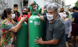 Relatives of coronavirus patients are buying oxygen from private suppliers in Manaus.