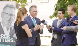 Kevin Mack says he would work with whatever government provides the best outcome for his electorate of Farrer