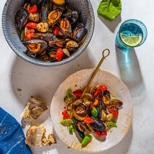 Sauté of clams & mussels