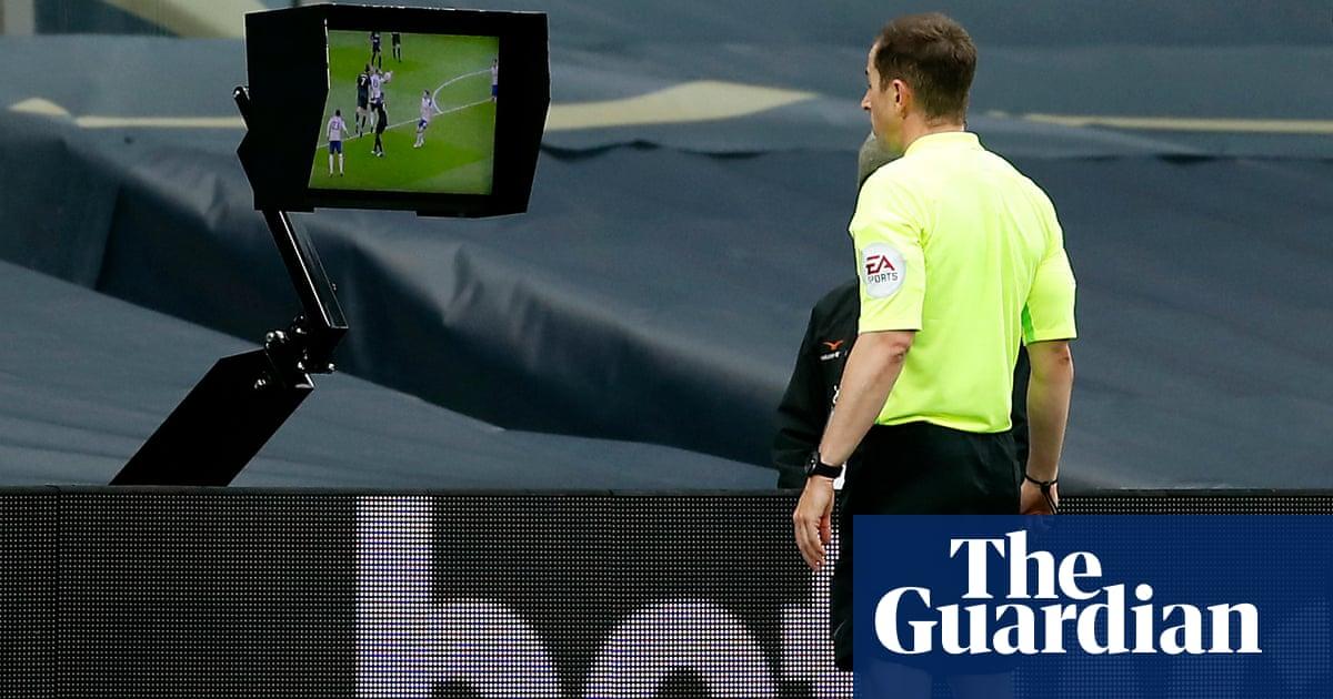 Its a nonsense: Newcastles Steve Bruce hits out at handball rule