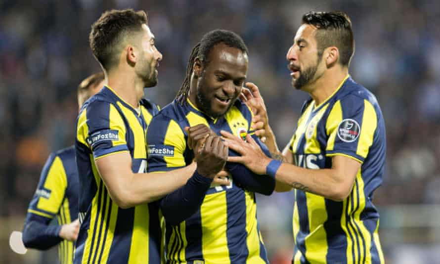 Victor Moses (centre) celebrates scoring the matchwinning penalty for Fenerbahce at Erzurumspor on Monday.