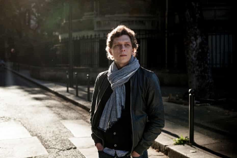 Antoine Leiris in Paris street