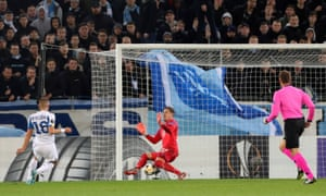 Dynamo Kyiv's Vitaliy Mykolenko equalises against Malmo.