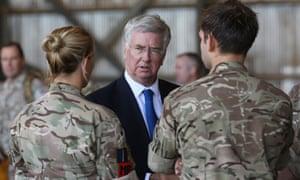 Michael Fallon talks with RAF personnel