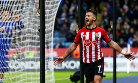 Shane Long's wait ends as 10-man Southampton hang on at Leicester