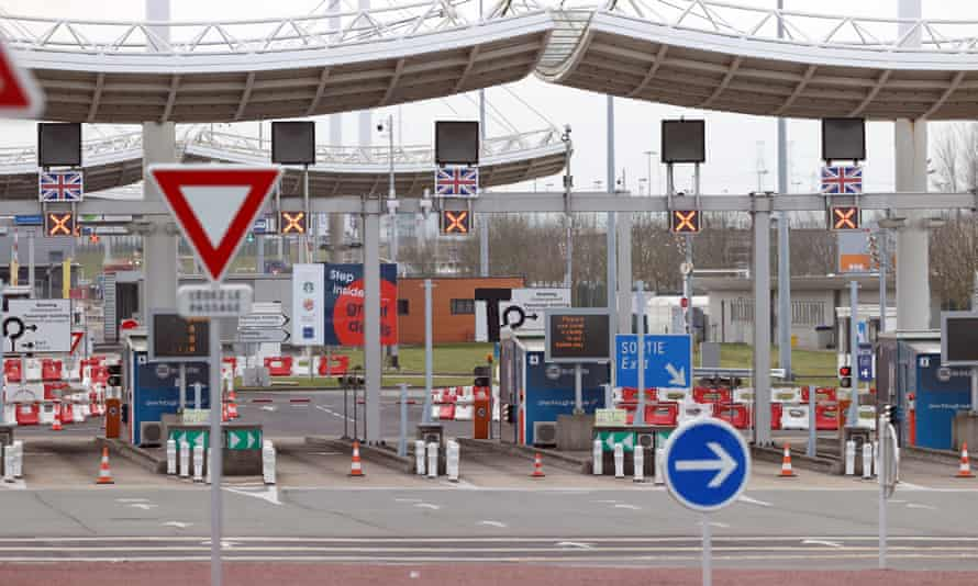 The border gate at Calais