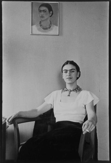 Frida at the Barbizon Plaza hotel in 1931