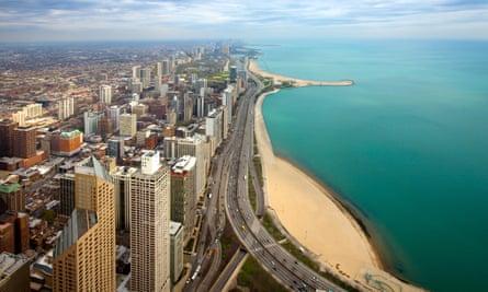 Illinois' big noise … Lake Shore Drive and Chicago city centre.