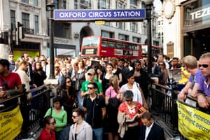 How anyone stays sane when commuting by tube?