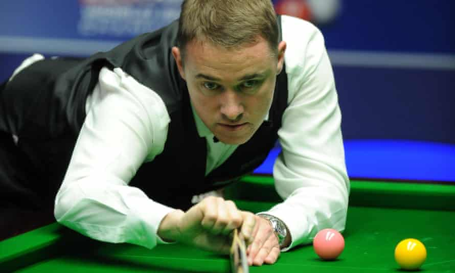 Stephen Hendry, seen here in 2012 making break of 147 at the Crucible, will now face the world No 82, Xu Si, in the second round of qualifying for the World Championship.