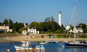 Fishing village of Sainte Marine. Brittany