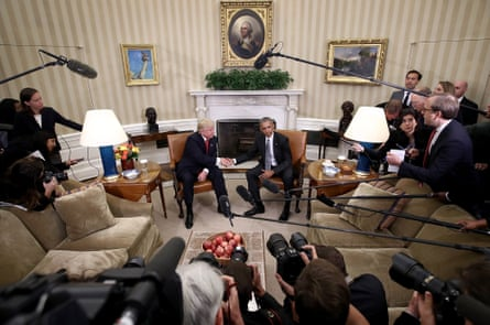 U.S. President Barack Obama (R) shakes hands with President-elect Donald Trump (L) following a meeting in the Oval Office November 10, 2016 in Washington, DC
