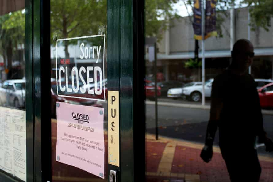 Closed retail stores along Peel Street in Tamworth, NSW.