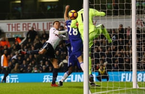 That's Spur's second of the night courtesy of the head of Dele Alli.